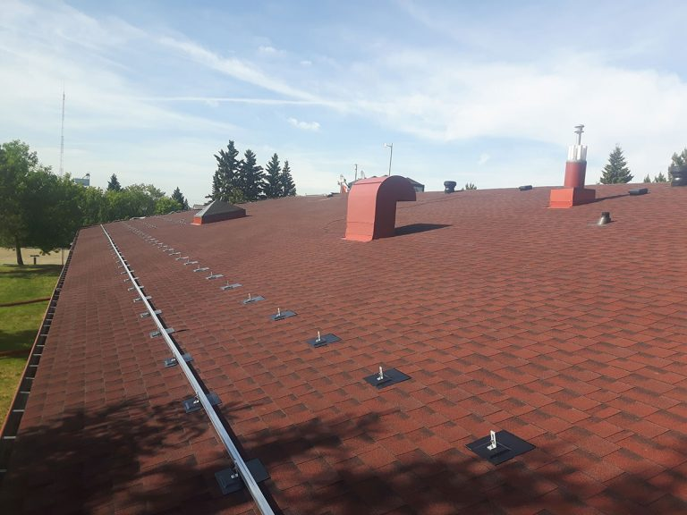 4-1-roofer-roofing-contractor-roof-quote-estimate-roof-leak-repair---redwater-gibbons-AB-bon-accord-AB-waskatenau-smoky-lake-lamont-legal-fort-saskatchewan